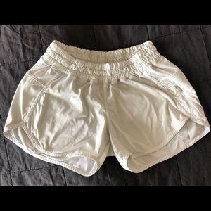 LULULEMON tracker shorts white size 6